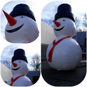 Sneeuwpop 5 meter hoog